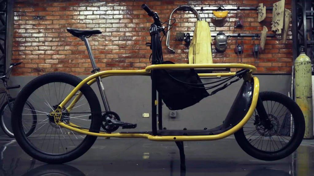 Child seat installed on the e-bike Bogbi