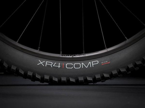 Wheels with Bontrager XR4 Comp tyre on Trek Rail 9.5 2021