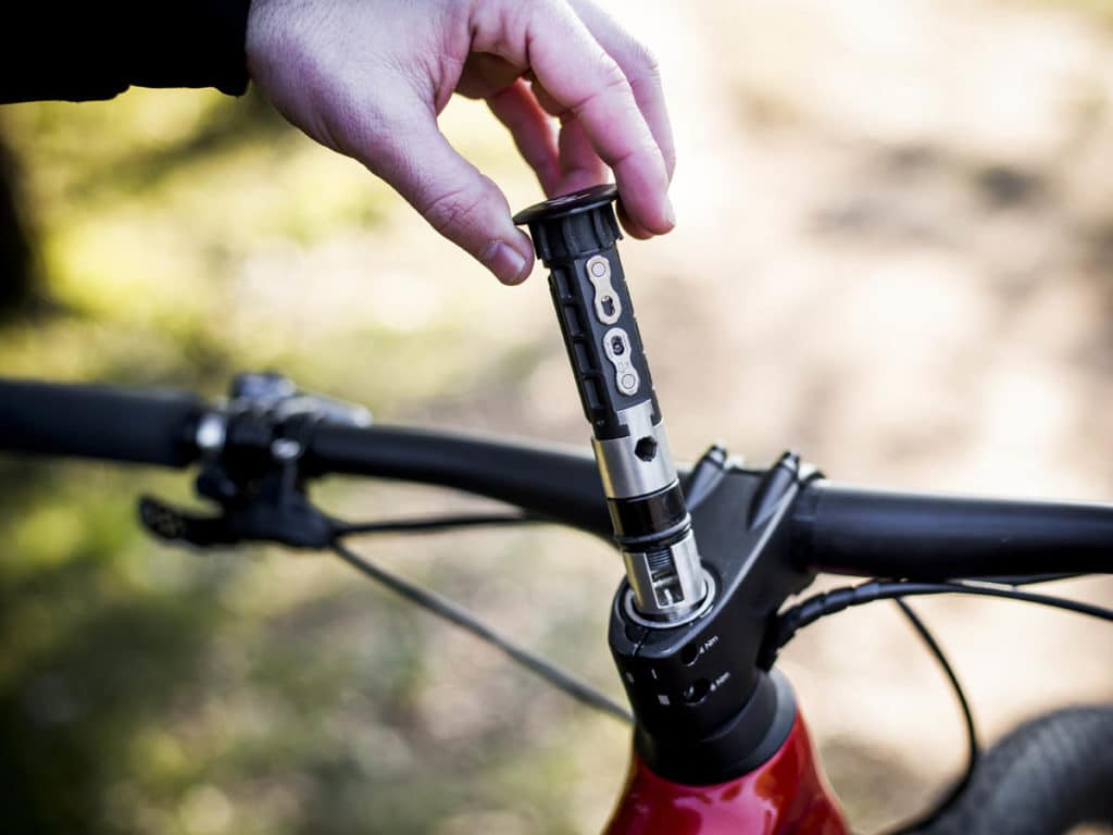 FIT-Tool serves as a multifunctional tool for on the go