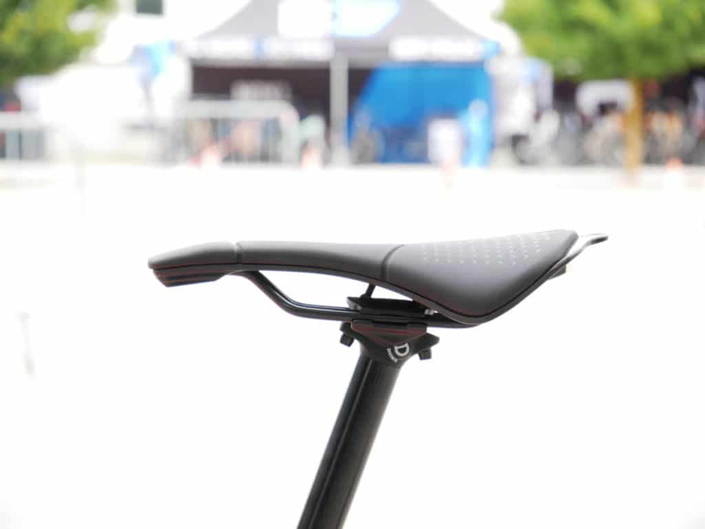 Saddle of the iLynx Race Carbon e-bike from BH Bikes