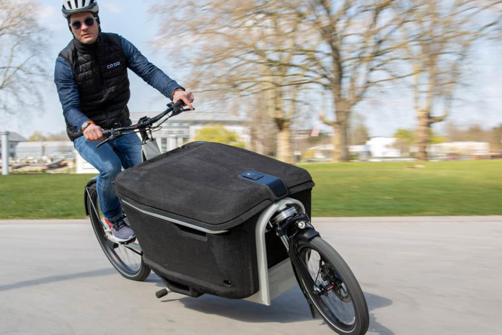 On the road with the Ca Go FS 200 ebike